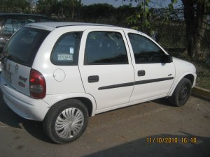 Chevrolet Chevy 2001, Manual