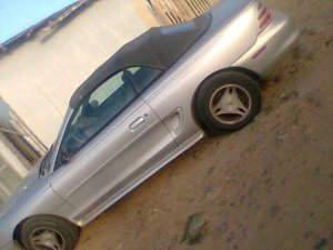Ford Mustang Convertible 1998, Automática