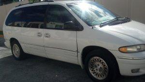 Chrysler Town & Country 1997, Automática