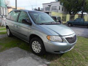 Chrysler Voyager 2003, Automática, 2.4 litres
